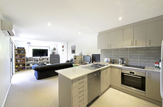 1/3 Towns Crescent