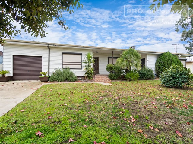 372A Lake Albert Road, Kooringal NSW 2650