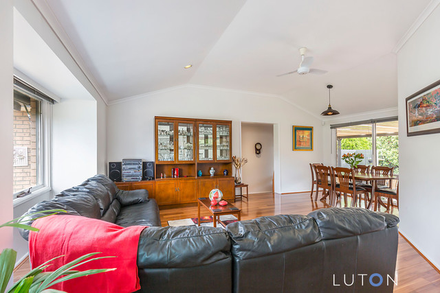 1 McIlveen Place, Oxley ACT 2903