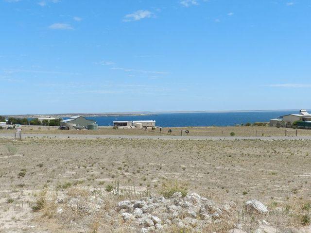 7 Falie Drive, Streaky Bay SA 5680