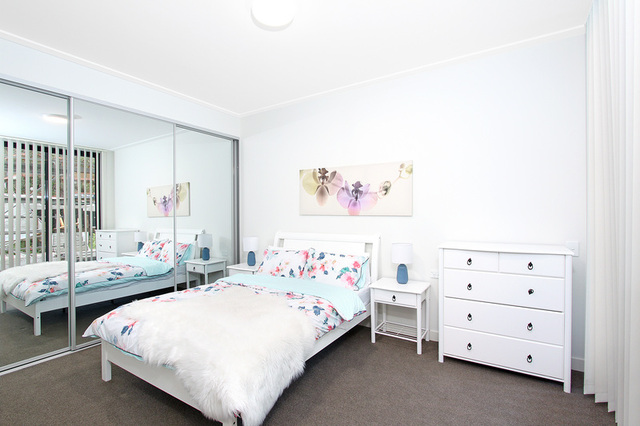 12/2 Good St, Westmead NSW 2145