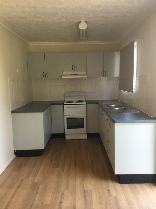 8 Emerald Street, Kirwan QLD 4817