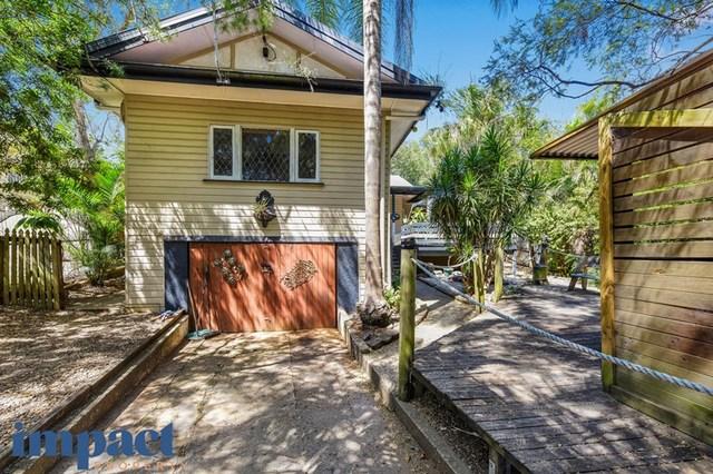 18 Stella St, QLD 4121