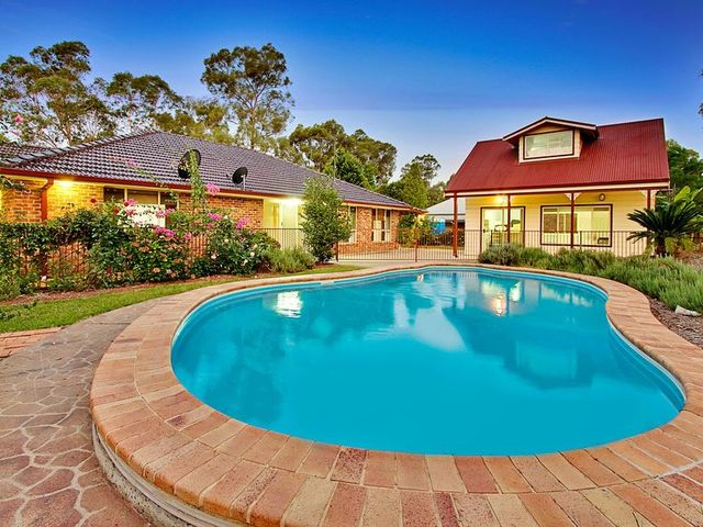 32 Barkly Drive, Windsor Downs NSW 2756