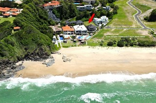 7 Beachfront Close