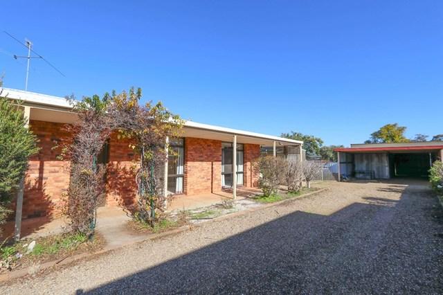 6 Sherwood Road, Temora NSW 2666