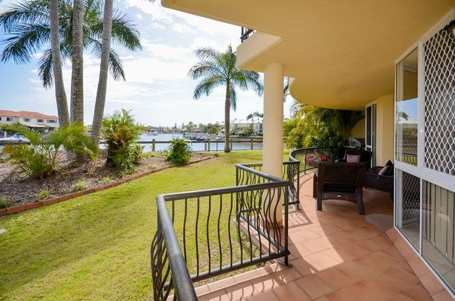 11/41A Broadwater Street, Runaway Bay QLD 4216