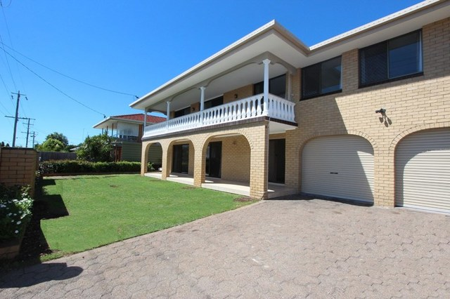 58 Abalone Avenue, Paradise Point QLD 4216