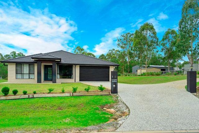 9-11 Lochview Ct, Tamborine QLD 4270