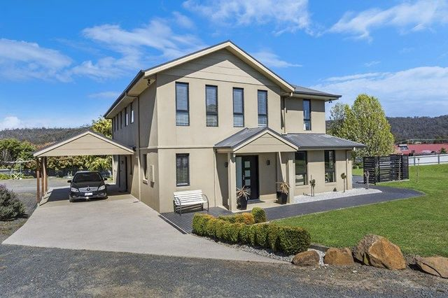 8 Baker Crt, Blackstone Heights TAS 7250
