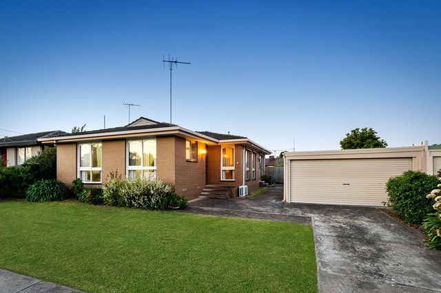 4 Fryers Road, Highton VIC 3216