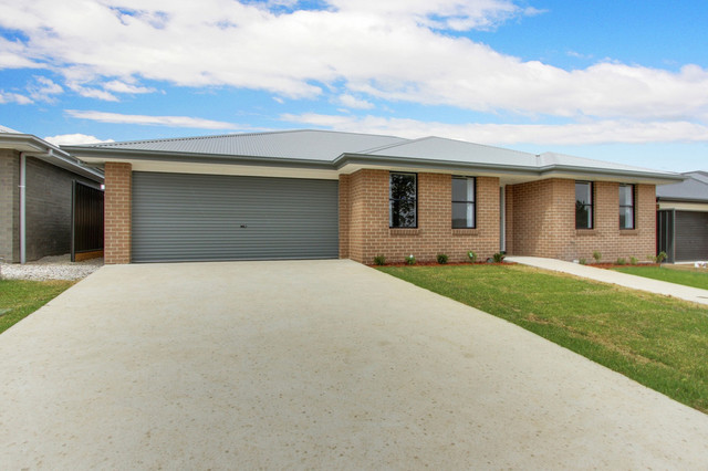 5 Huxtable Place, NSW 2580