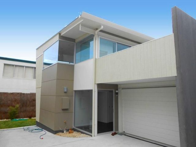 2/116 Sandy Bay Road, TAS 7005