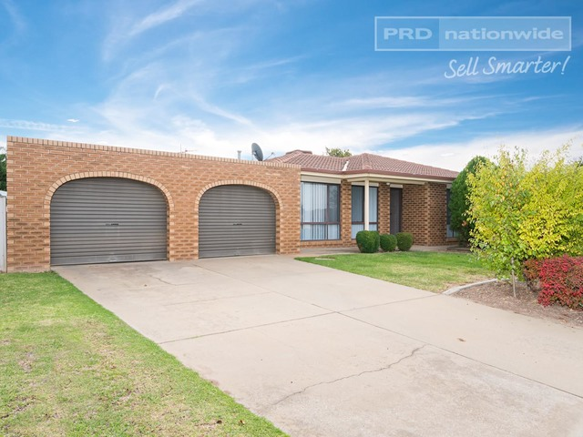 7 Langi Crescent, Glenfield Park NSW 2650
