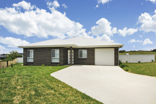 23 and 24 23 Monaro Ave And 24 East Camp Drive