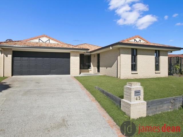43 Isaacs Way, Wakerley QLD 4154