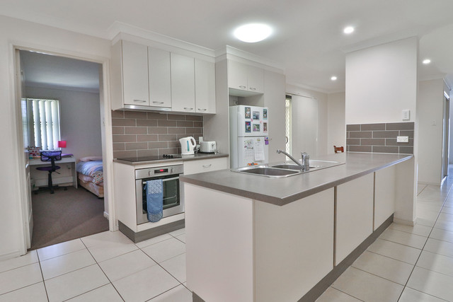 2/14 Bayley Court, QLD 4655