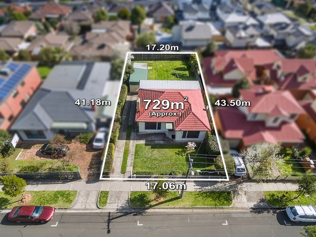 13 Station Road, Oak Park VIC 3046