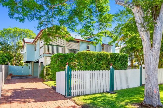 21 Seventh Avenue, QLD 4031
