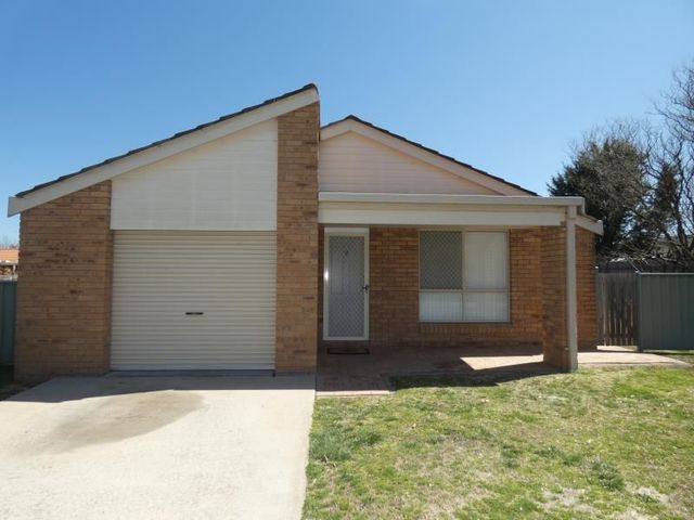 4/87 Queen Elizabeth Drive, Armidale NSW 2350