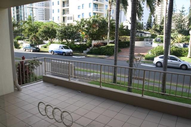 2/8-10 Peak Avenue, Main Beach QLD 4217