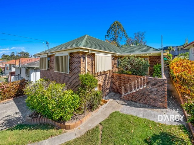 368 Webster Road, Stafford Heights QLD 4053
