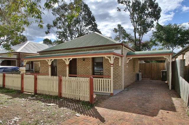 7 Battersea Close, Forest Lake QLD 4078
