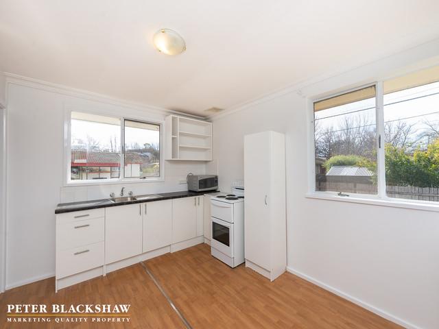 6a Swainsona Street, ACT 2602