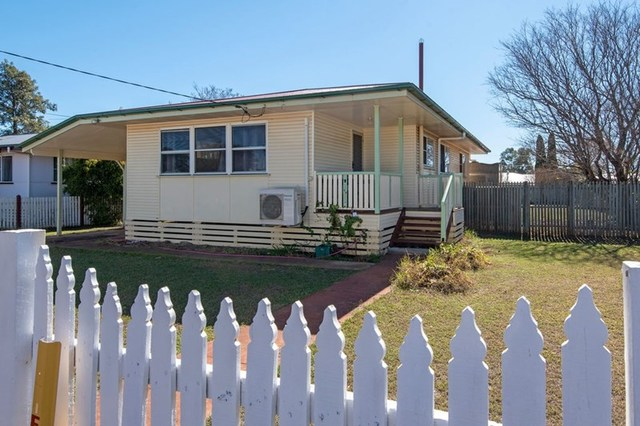13 James Street, Oakey QLD 4401