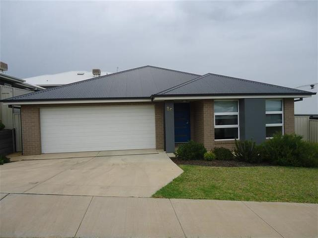 26 Brownlow Drive, NSW 2650