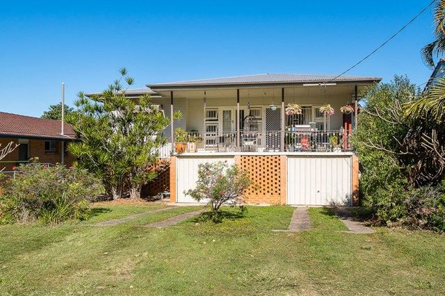 74 Taylor Street, Wavell Heights QLD 4012