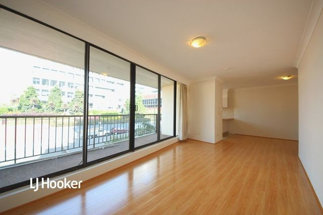 13/2-8 Park Avenue, Burwood NSW 2134