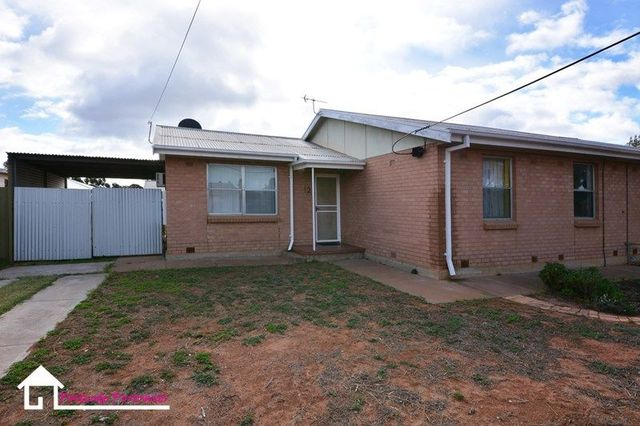 12 Reynolds Street, Whyalla Stuart SA 5608