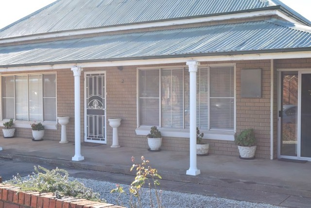 2 Weddin Street, Grenfell NSW 2810