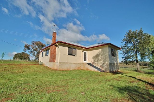 78 Victoria Gully Road, Young NSW 2594
