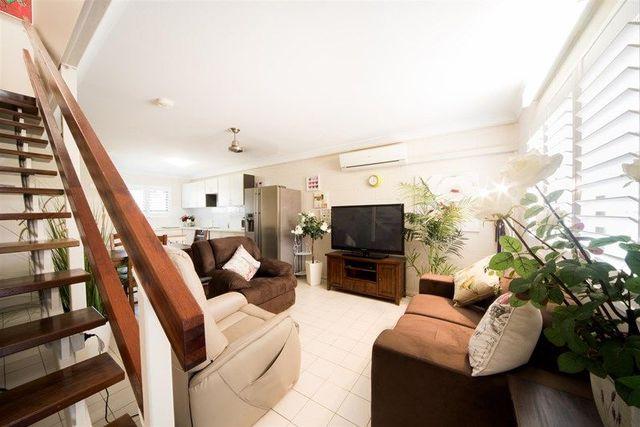 5/15 Hinschen Street, Proserpine QLD 4800