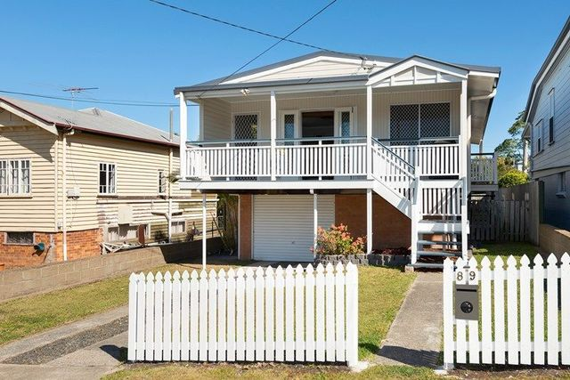 89 MacRossan Avenue, Norman Park QLD 4170