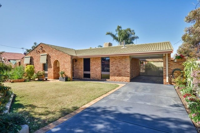 33 Salisbury Road, South Kalgoorlie WA 6430