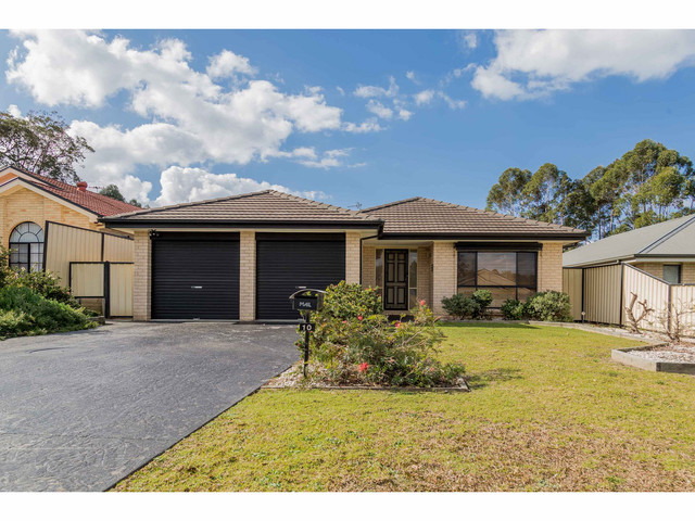 10 Turvey Crescent, St Georges Basin NSW 2540