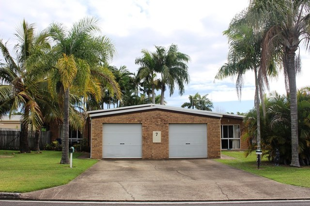 7 Maheno Ct, Tin Can Bay QLD 4580