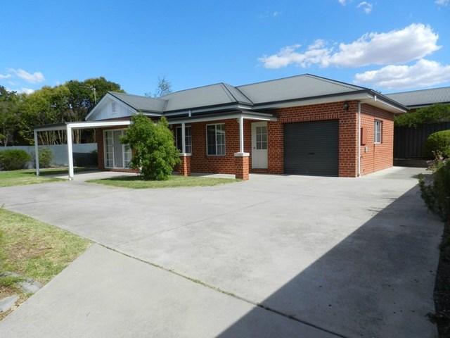 297 Cadell Street, Albury NSW 2640