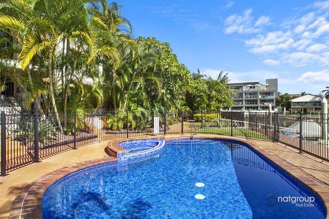 9/12 Canal Avenue, Runaway Bay QLD 4216