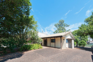98 Foreshore Drive