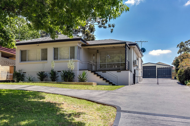 28 Ulmarra Avenue, Camden South NSW 2570