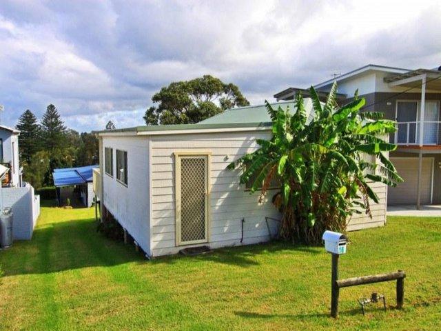 16 Riverleigh Avenue, Gerroa NSW 2534
