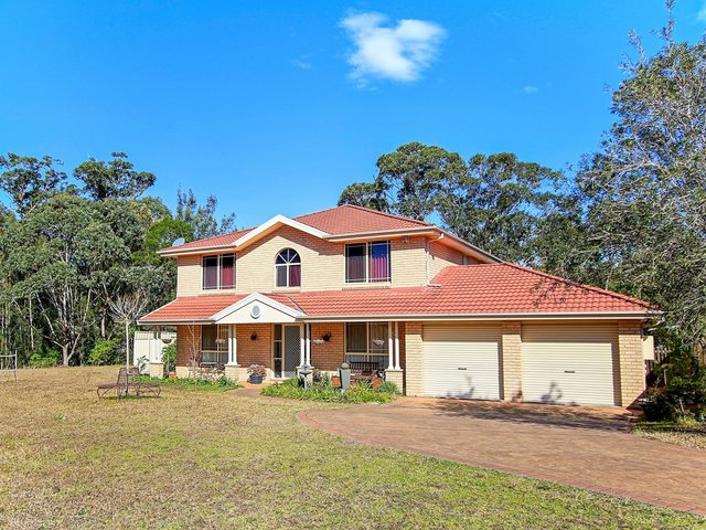 6 Nulla Place, St Georges Basin NSW 2540