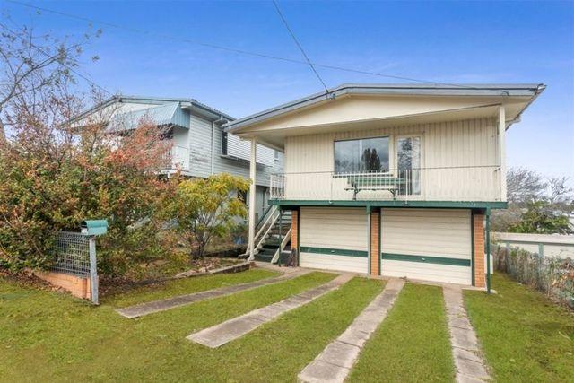 12 Hamilton Road, Wavell Heights QLD 4012