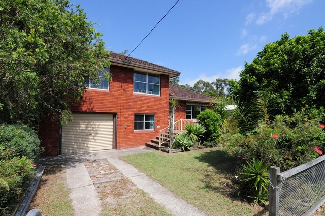 103 Jerry Bailey Road, Shoalhaven Heads NSW 2535