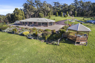 108 Clarence Point Road