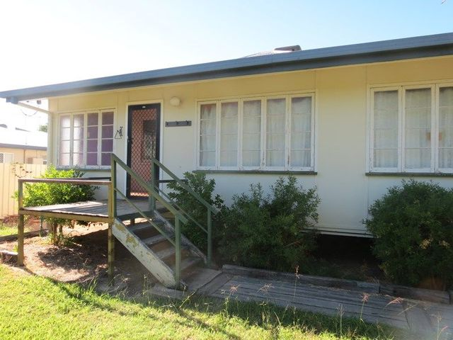 5 Pill Street, Emerald QLD 4720